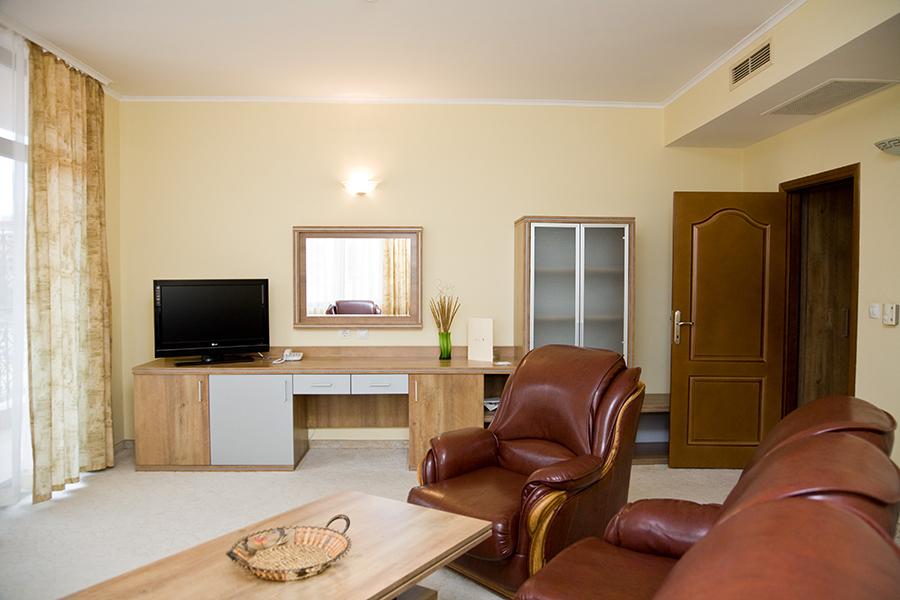 Hrizantema Suite